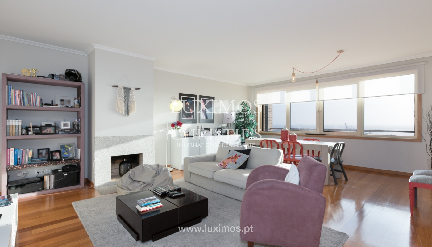 Sale of apartment with river and ocean views, Leça Palmeira, Portugal_98441