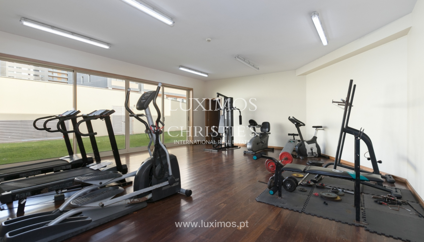 Sale of apartment with river and ocean views, Leça Palmeira, Portugal_98464