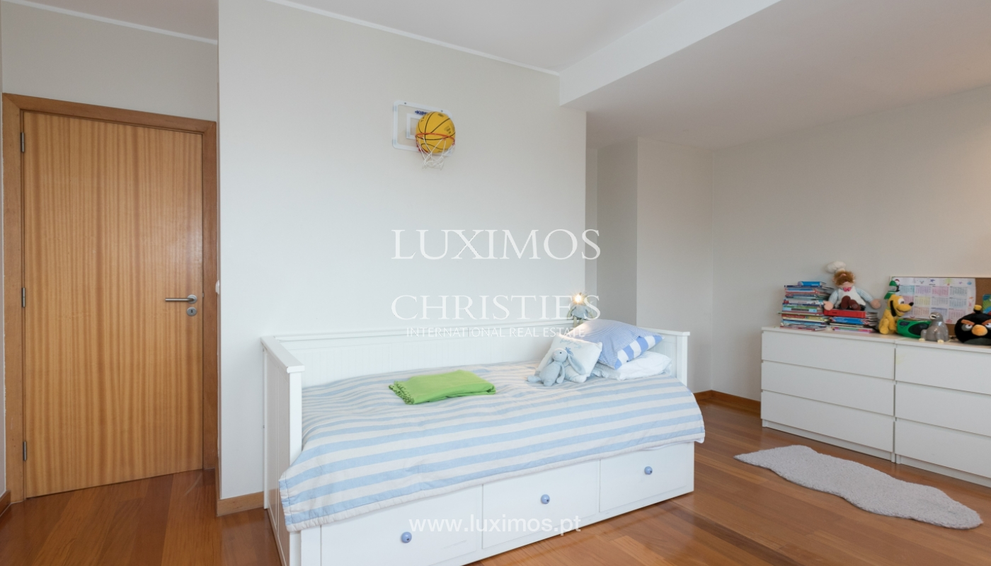Sale of apartment with river and ocean views, Leça Palmeira, Portugal_98469