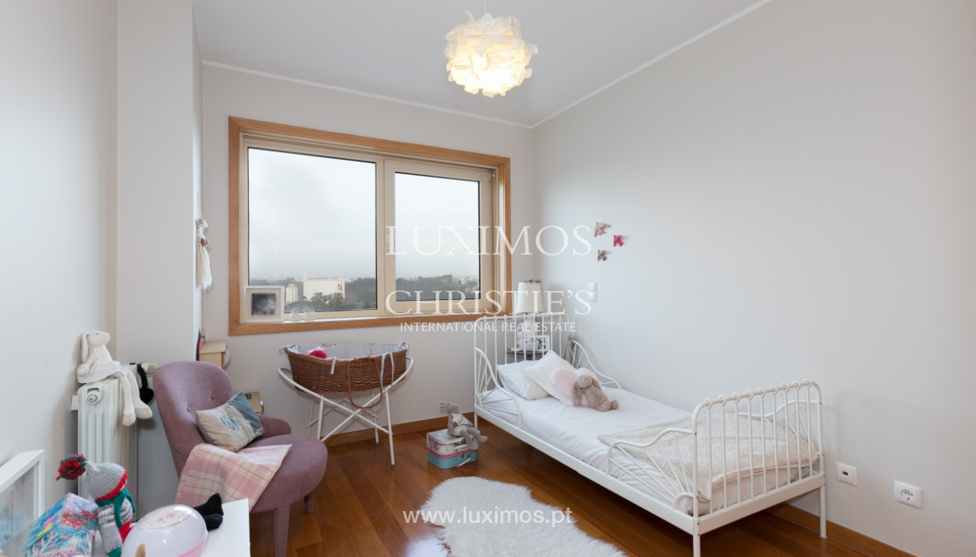 Sale of apartment with river and ocean views, Leça Palmeira, Portugal_98472