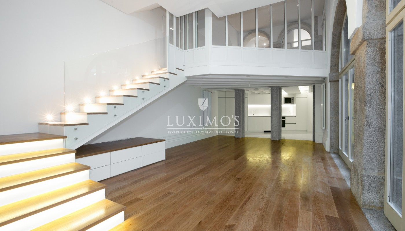 Sale of new apartment with deck and garden, Porto, Portugal_98549