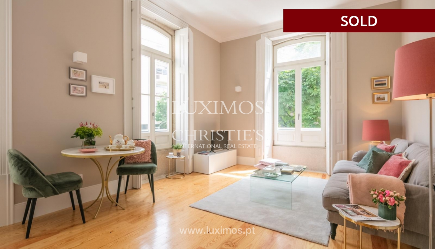 Sale of luxury apartment in downtown Porto, Portugal_98741