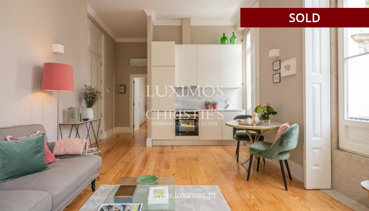 Sale of luxury apartment in downtown Porto, Portugal_98742