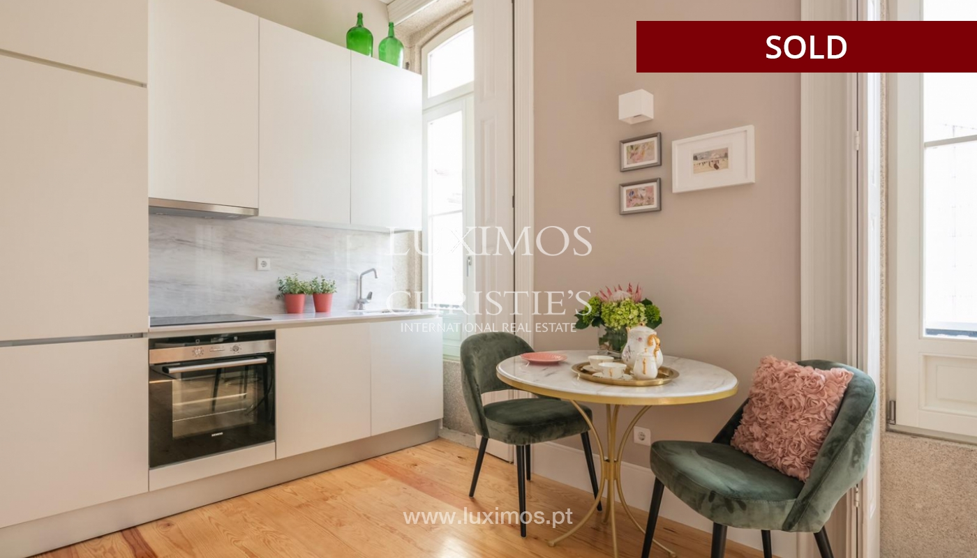 Sale of luxury apartment in downtown Porto, Portugal_98743