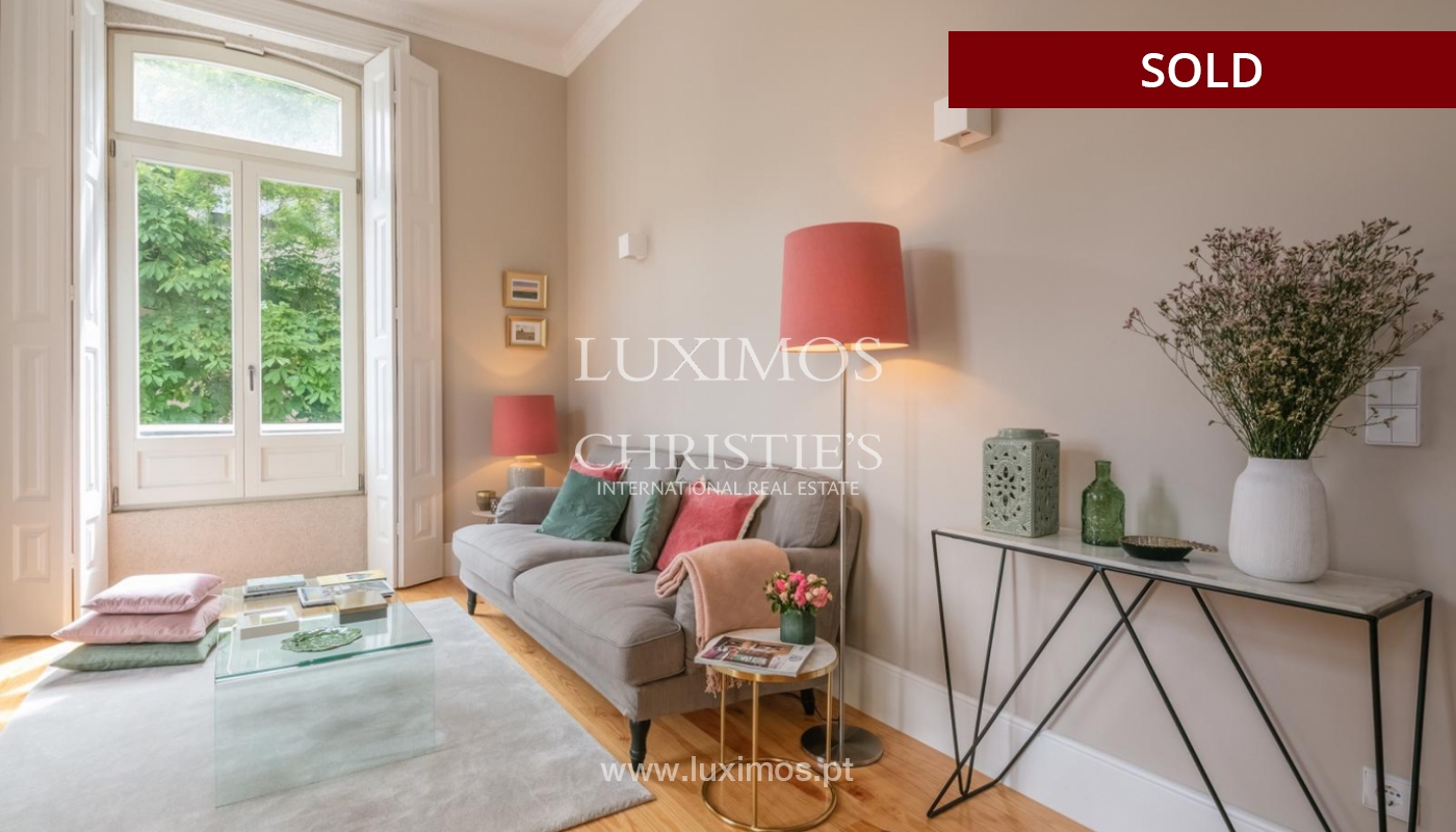 Sale of luxury apartment in downtown Porto, Portugal_98744