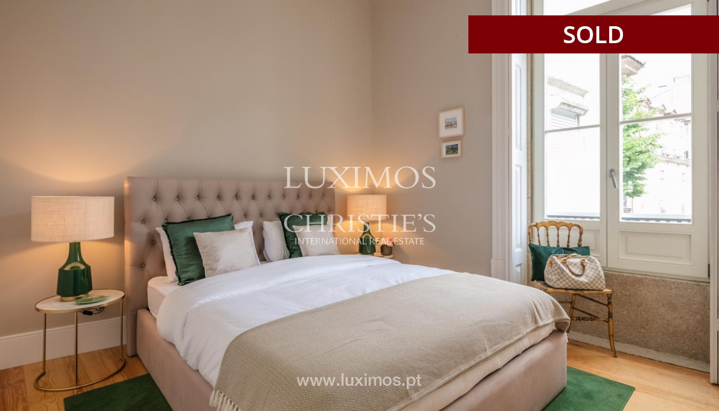 Sale of luxury apartment in downtown Porto, Portugal_98747