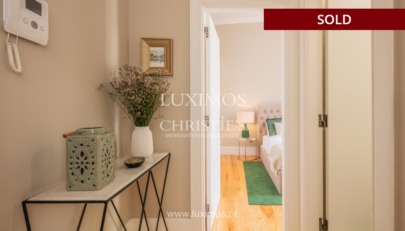 Sale of luxury apartment in downtown Porto, Portugal_98751