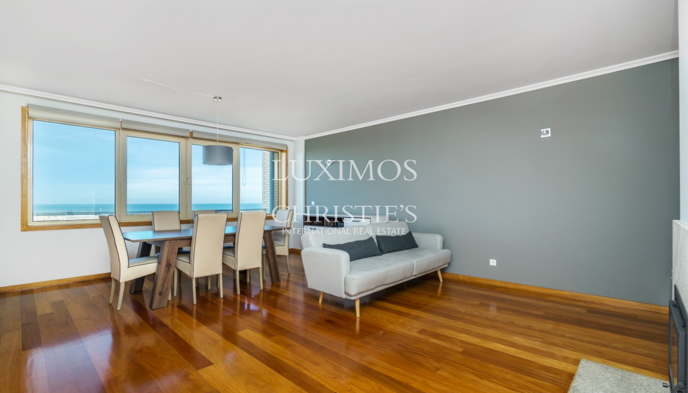 Sale apartment w/ sea views in a private condo, Leça Palmeira, Portugal_98941