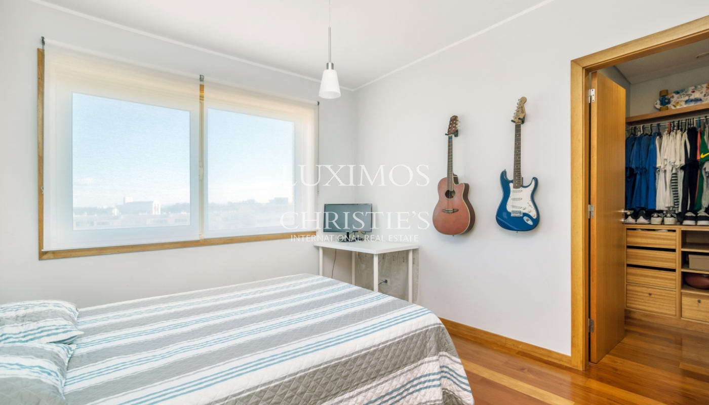 Sale apartment w/ sea views in a private condo, Leça Palmeira, Portugal_98955