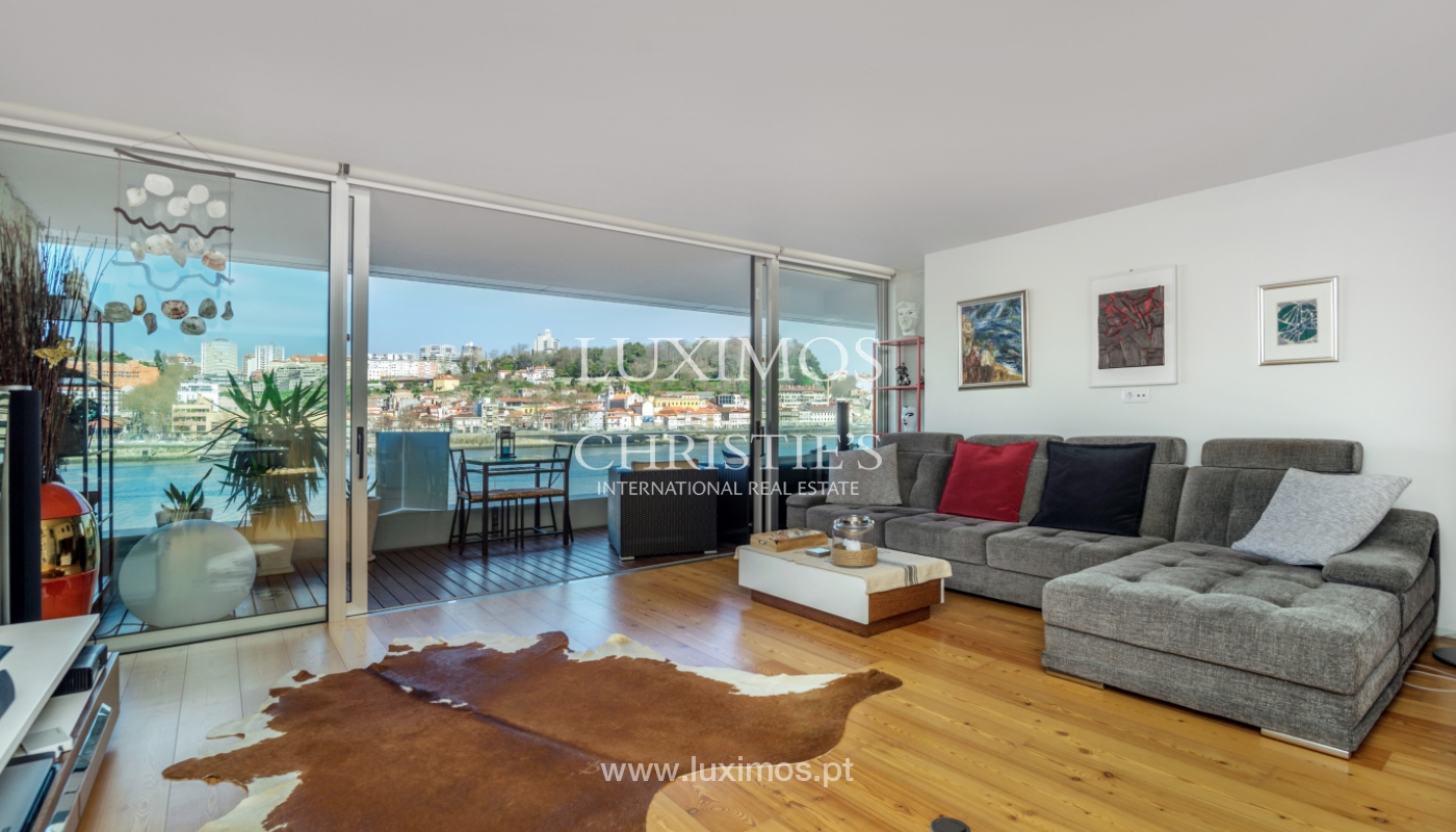 Sale of luxury apartment with river views, V. N. Gaia, Porto, Portugal_99240