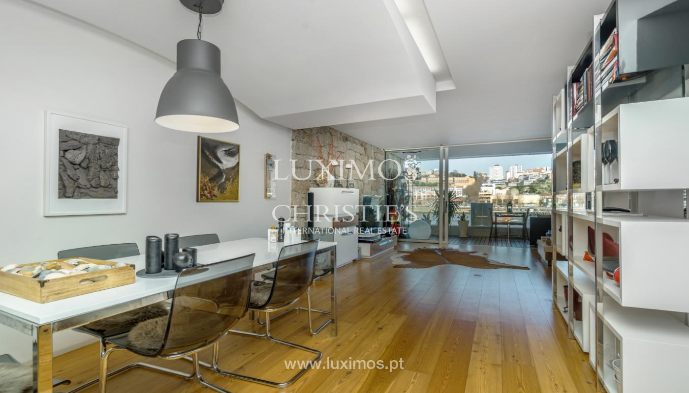 Sale of luxury apartment with river views, V. N. Gaia, Porto, Portugal_99241