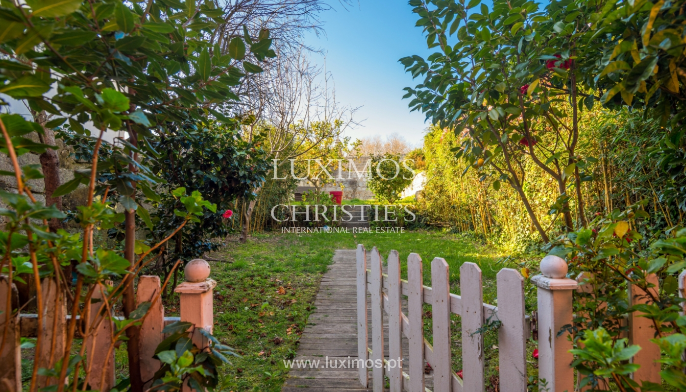 Sale of house with the backyard, Foz do Douro, Porto_99340