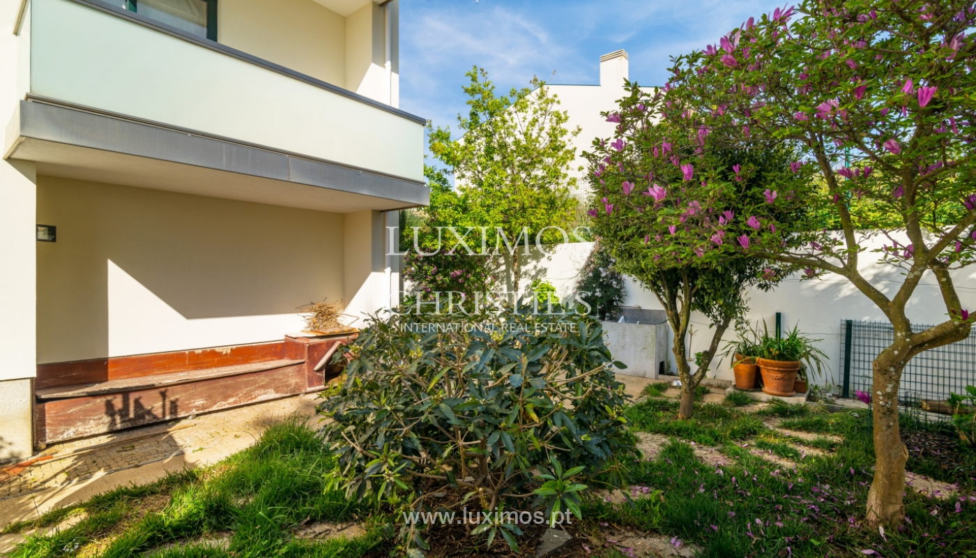 Sale of contemporary villa, close to beach, Vila Nova Gaia, Portugal_99606