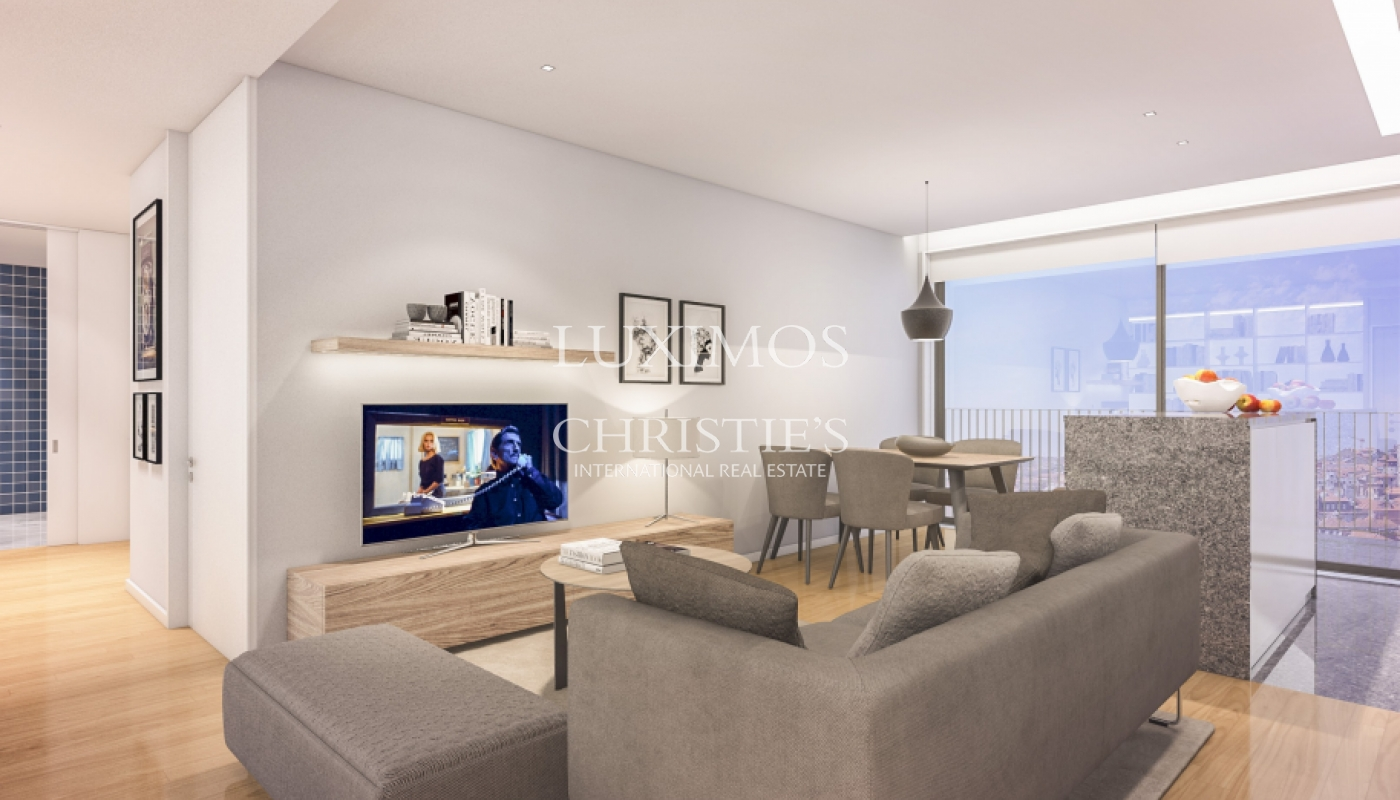 Sale of new and modern apartment in downtown of Porto, Portugal_99858