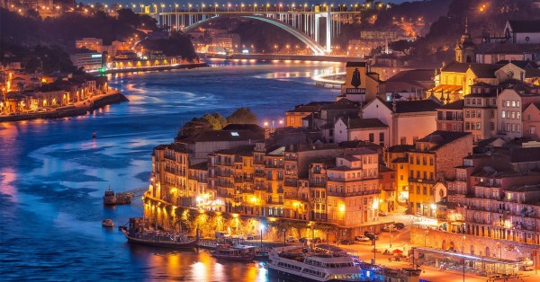 Between the sea and the Douro River, a journey through Porto real estate