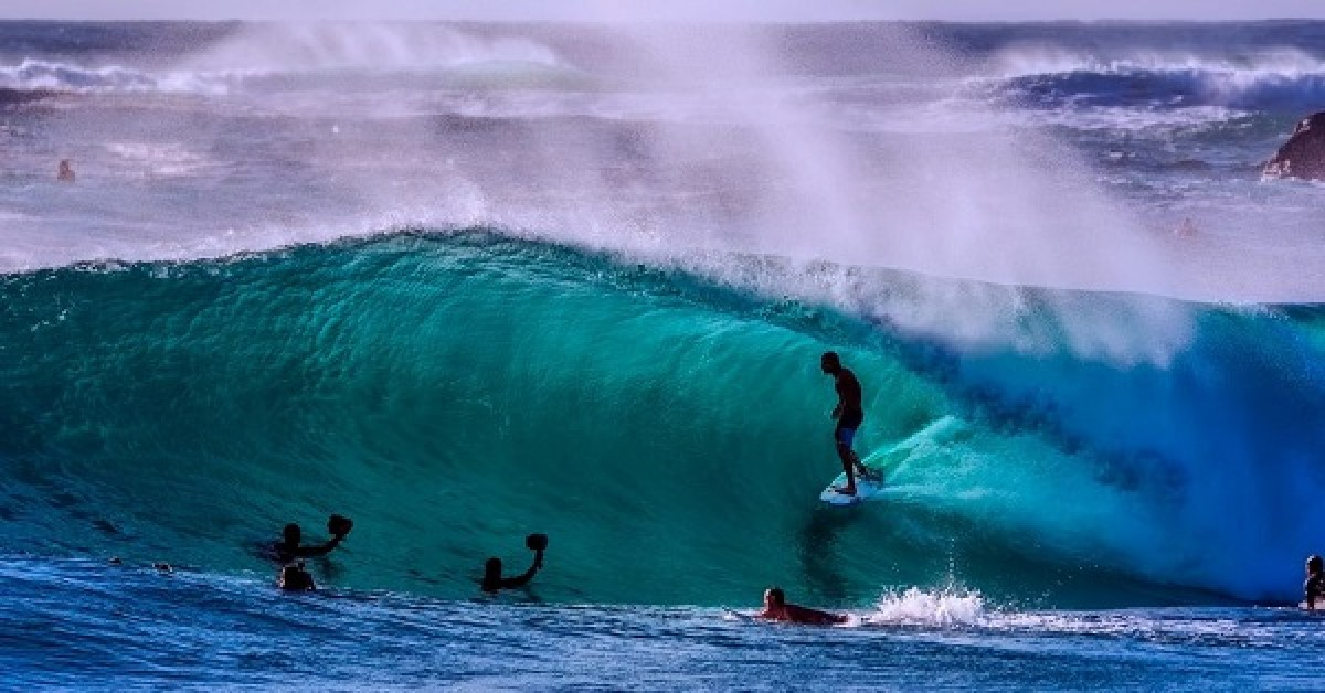 Who said that Porto is not a city for surfing?