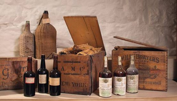Rare Madeira wine of the 14th and 18th century goes to auction